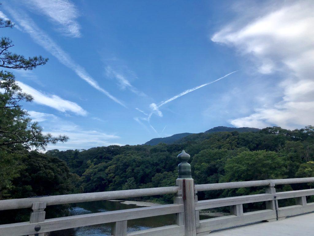 伊勢神宮内宮の空